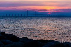 Öresund Sunset (Håkan Dahlström) Tags: bridge sunset sky orange clouds se skåne sweden sverige uncropped malmö f40 2014 öresund öresundsbron ön limhamn ef85mmf18usm skånelän canoneos5dmarkii ¹⁄₂₀₀sek 15305102014181934