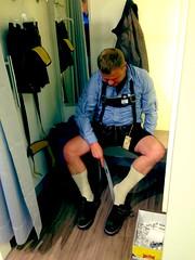 Kjell trying on som leather pants!