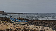 Boat, Lanzarote (Danifourtyone) Tags: sea boat holidays barca mare peace sony lanzarote pace veduta spiaggia vacanze 2014