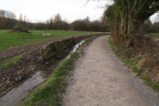 Meon Valley approching the river - new path & ditch