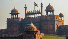 IMG_25999 (Manveer Jarosz) Tags: bharat delhi hindustan india indian mughal ncr olddelhi redfort entrance outdoors tricolourflag delhigate flag park architecture history sunny