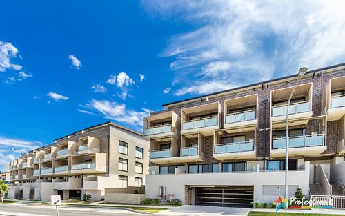 30/1 Glenmore Ridge Drive, Glenmore Park NSW 2745