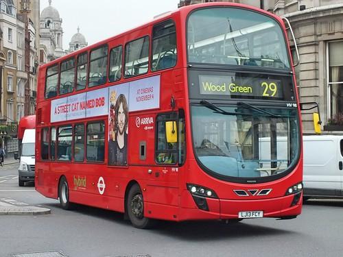 Arriva London - HV98 - LJ13FCY