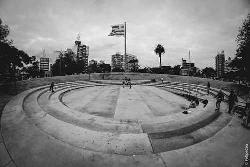 Plaza de la Democracia en Tres Cruces