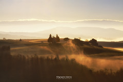 Misty morning at the Chapel (Agrippino Salerno) Tags: valdorcia italy tuscany vitaletachapel morning sanquiricodorcia light sunrise hills farmhouse sky clouds agrippinosalerno canon manfrotto beautiful