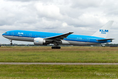 KLM Royal Dutch Airlines Boeing 777-206(ER)  |  PH-BQN  |  Amsterdam Schiphol - EHAM (Melvin Debono) Tags: klm royal dutch airlines boeing 777206er | phbqn amsterdam schiphol eham melvin debono spotting canon 7d 600d airport airplane aviation aircraft airways plane planes polderbaan