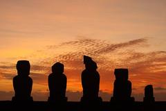 Sunset (sophs123.) Tags: sunset easter island rapa nui isla de pascua polynesia chile south america sudamerica latinoamerica colour sky clouds moai silhouette archaeology travel nature wildlife canon canon400d