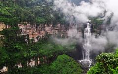 Salto del Tequendama (Haceme un 14) Tags: waterfall cascada colombia saltodeltequendama tequendamaswaterfall