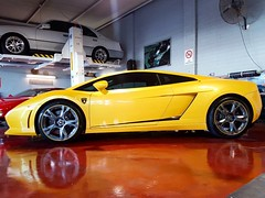 "Buona Giornata Lambo #lamborghini #lambo #v10 #egear #carsforsale #newcar #pearl #yellow #supercar #carsofinstagram #perth #perthisok #lp570 #superleggera #bull #italy #fabcar  #drivesomethingdifferent #merchantsofhighoctane • <a style=""font-size:0.8em;"" href=""http://www.flickr.com/photos/42053293@N04/33747177350/"" target=""_blank"">View on Flickr</a>"