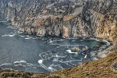 Cliffs at Slieve League in Ireland facing the Atlantic ocean (padsta5479) Tags: cliffs atlanticocean wildatlanticway ireland irishcoast sea waves coast rockycoast donegal slieveleague ngc