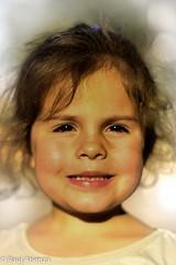 Marla. (ratienzan) Tags: ifttt 500px girl smile little niña simpatia pequeña marla sonsirsa
