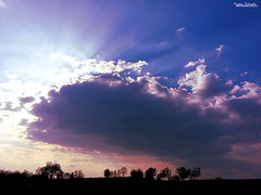 Threatening sky (Setsukoh) Tags: cloud nuage sky ciel cieux skies threatening menaçant thunder thunderstorm storm orage sun sonne soleil light lumière silhouette tree arbre campagne countryside bleu blue yellow jaune orange ray rai rayon france frankreich lorraine lothringen grandest sunset coucherdesoleil spring printemps avril april samsunggalaxys3