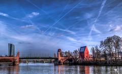 Alte Brücke (or Old Bridge) - (creati.vince) Tags: architecture creativince frankfurt germany mainhattan bridge