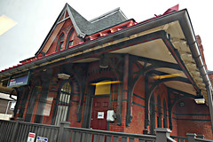 Morton Station (en tee gee) Tags: station septa philadelphia commuter building old